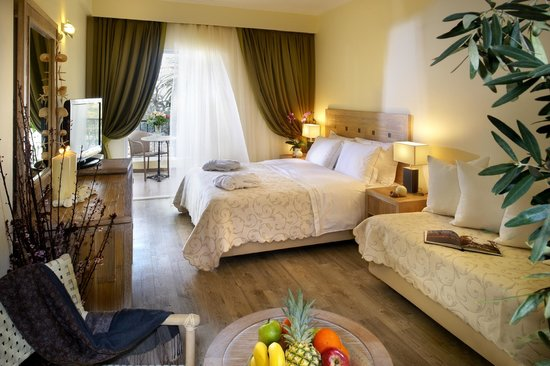 Portes Beach Hotel: Rooms