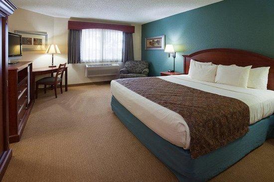 AmericInn Hotel & Suites Chippewa Falls: Americ Inn Chippewa Falls Standard King