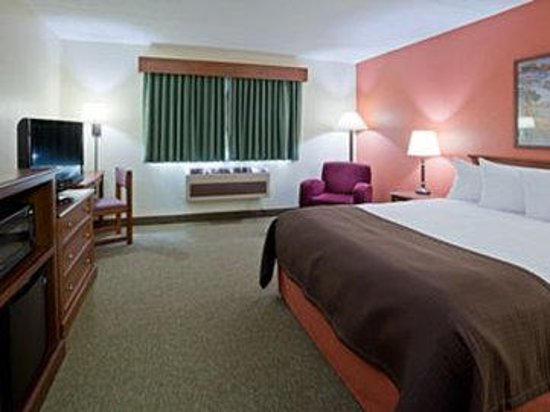 AmericInn Lodge & Suites Alexandria: Americ Inn Alexandria Queen