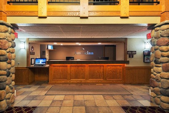 AmericInn Lodge & Suites Rexburg - BYU: front desk