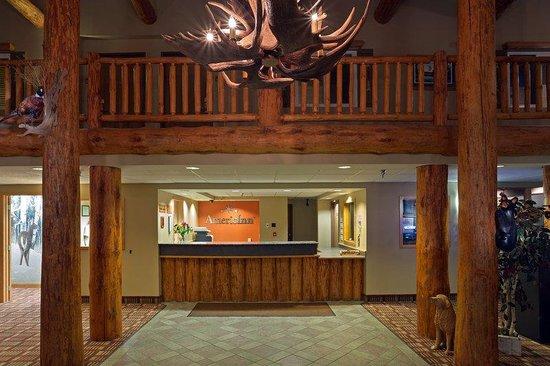 AmericInn Lodge & Suites Pequot Lakes: Front Desk