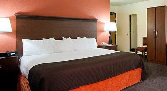 AmericInn Lodge & Suites Park Rapids : King
