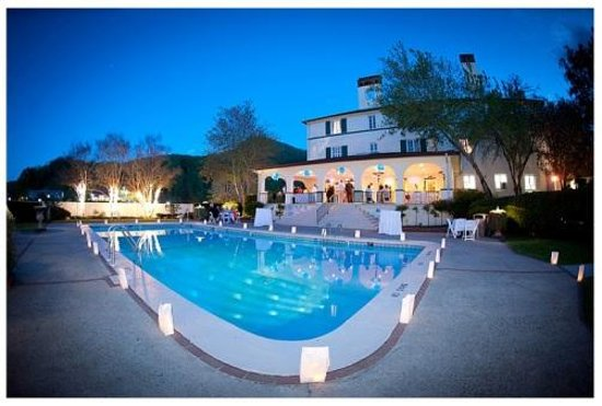 The 1927 Lake Lure Inn and Spa : Gorgeous Pool Wedding Photo
