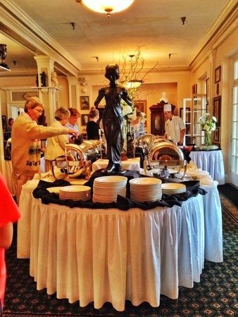 The 1927 Lake Lure Inn and Spa: Sunday Brunch