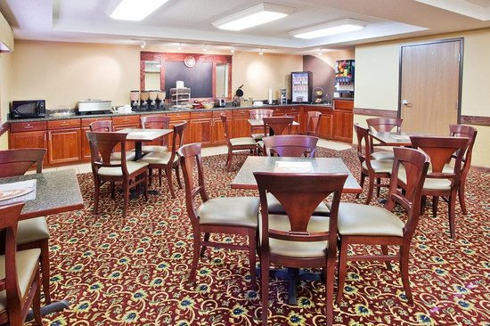 AmericInn Lodge & Suites Boiling Springs - Gardner Webb University : Breakfast