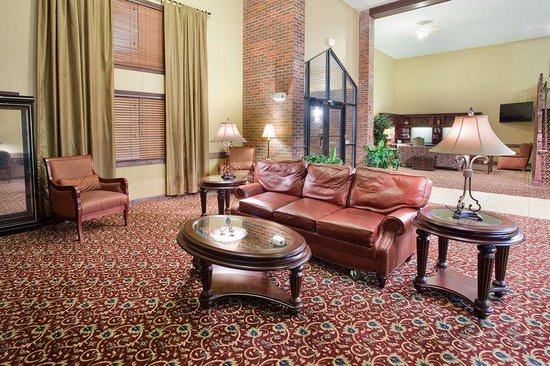 AmericInn Lodge & Suites Boiling Springs - Gardner Webb University : Lobby