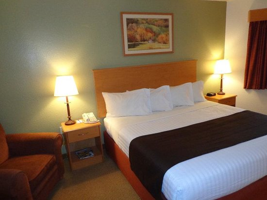 AmericInn Lodge & Suites Belle Fourche: Belle Fourche QHQHW