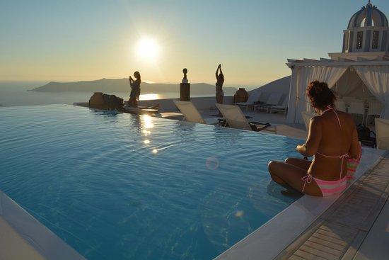 The Tsitouras Collection Hotel: Stunning views.