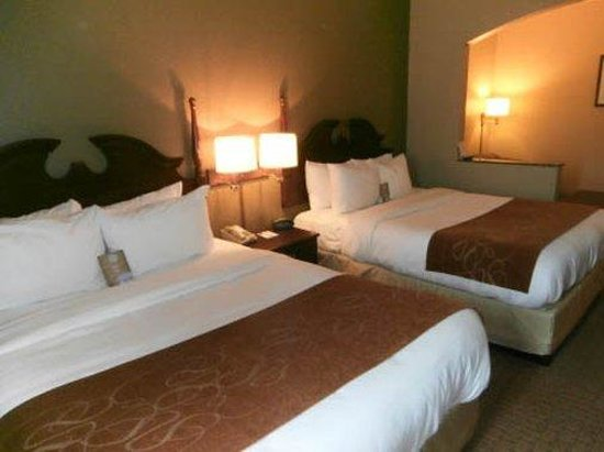 Rodeway Inn & Suites : room3