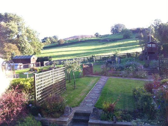 Poppy Cottages: View from Sunflower room