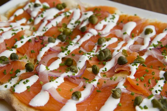 Nectar Wine Lounge: Smoked Salmon Flatbread