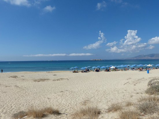 Naxos Resort Beach Hotel: beach just down road .. couple of kms