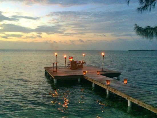 Cayo Espanto: The private dock of Casa Olita ready for our candlelit sunset dinner.