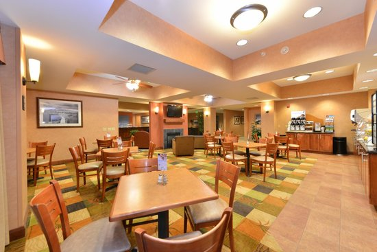 Holiday Inn Express Rawlins : Breakfast Room