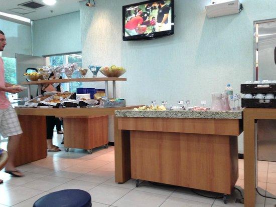 Hotel ibis budget Rio de Janeiro Centro: Breakfast area 01