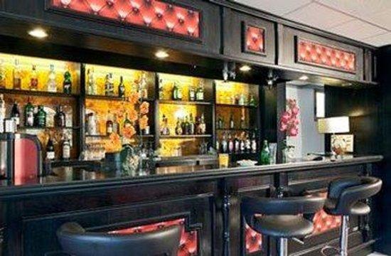 Inter-Hotel Rueil Centre : Bar