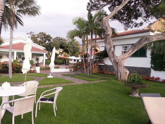Casa Rural Malpais Trece: Parte del jardín