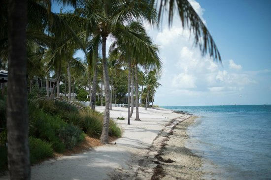 Sunset Key Cottages: the island