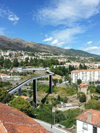 Ponte da Ribeira da Carpinteira: Foto da zona das escadas da trapa.