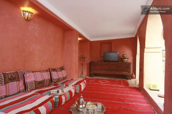 Riad Casa Sophia: salone arabo