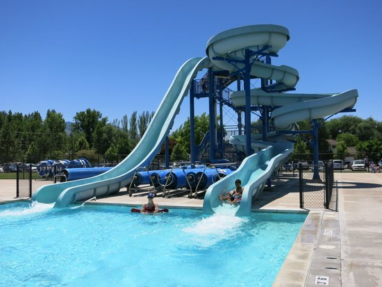 50 Meter Olympic Size Lap Pool Measuring 50 Meters By 25 Yards With 1 Meter And 3 Meter Diving