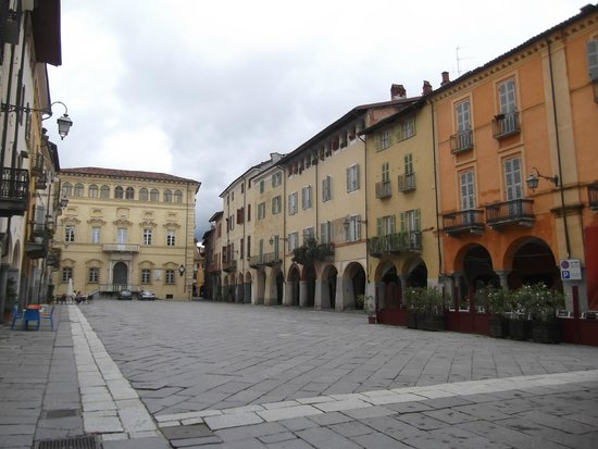 Biella, Italia: plaza