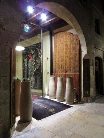 Mercer Hotel Barcelona : mercer barcelona entrance