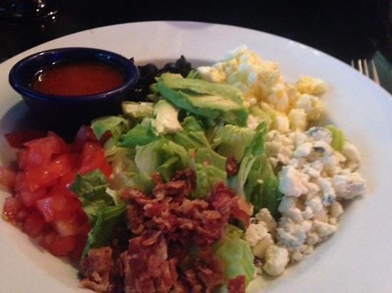 Blu Mangrove Grill: Cobb Salad