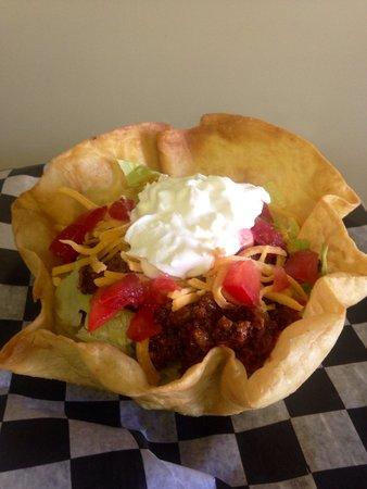 Babycakes Cupcakery: Taco Salad!