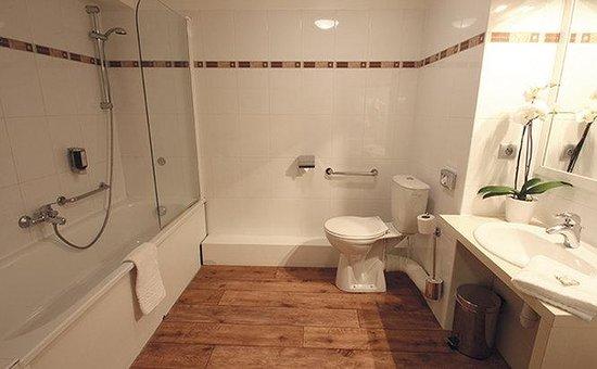 Appart'City Confort Montpellier Ovalie: BATHROOM