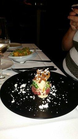 Fin Seafood: Tuna tartar