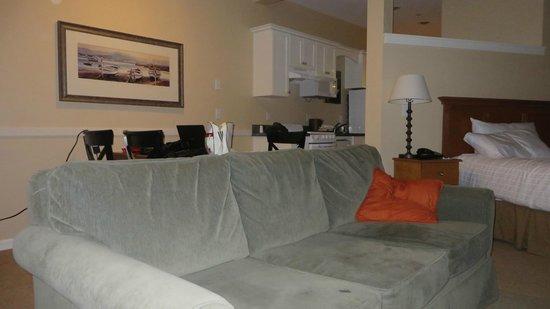 Rivertide Suites: studio suite