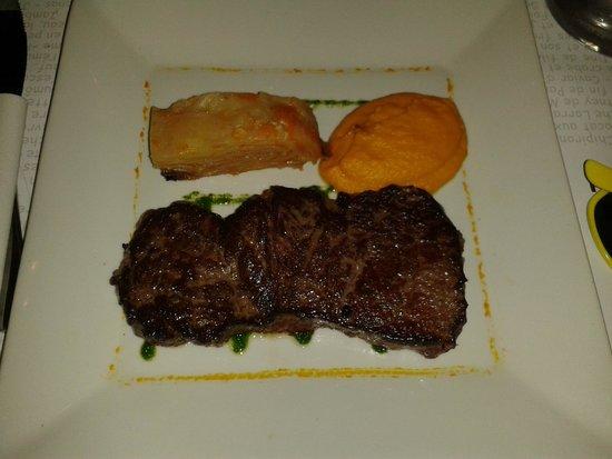Le Bouchon du vaugueux : très bon ( un peu trop de carottes purès carotte et gratin pommes de terre carottes)