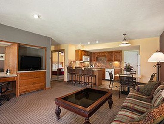 Howard Johnson Rio Rancho/Albuquerque North: Suite