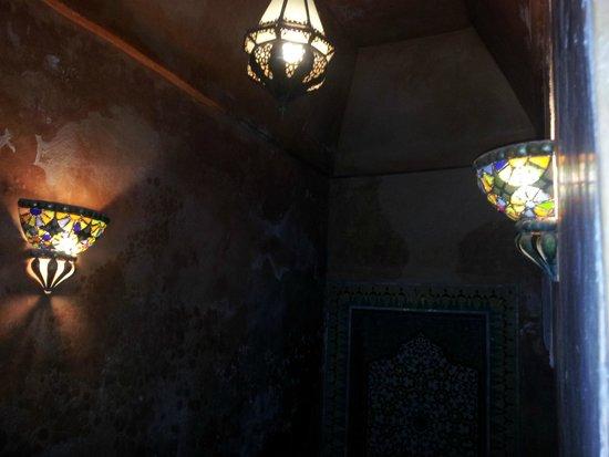 Dar Warda : Jeux de lumière