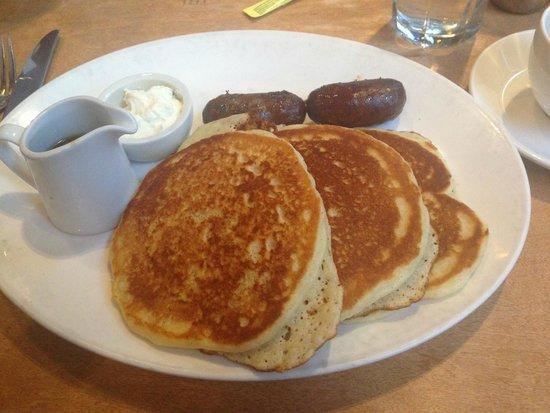 Lola: Best pancakes ever!