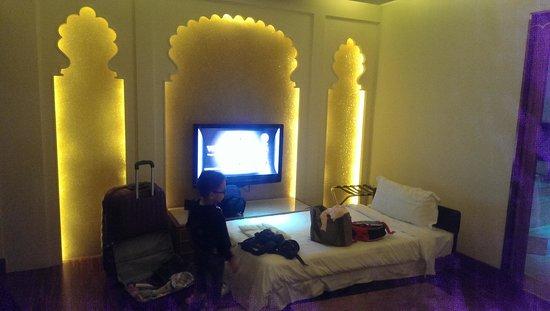 Wego Boutique Hotel: Room decor