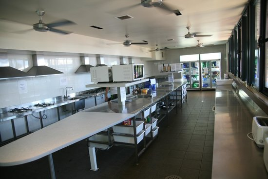 Beaches of Broome: Communal Kitchen