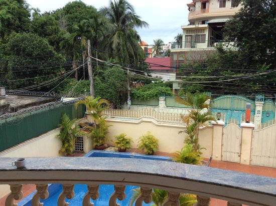 Queen Na Guest House : view from outdoor dining