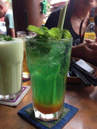 Calanthe Art Cafe: refreshing drinks