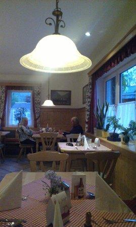 Gruner Anger: dinner area