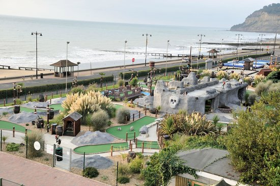 Pirates Cove - Shanklin: the crazy golf