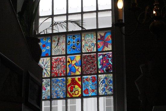 Cafe Art: Im Treppenhaus