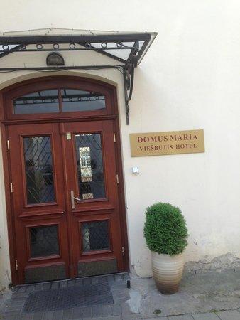 Hotel Domus Maria: entrance
