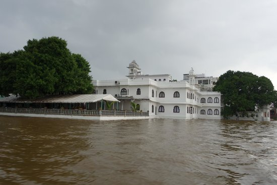 Amet Haveli: From the water