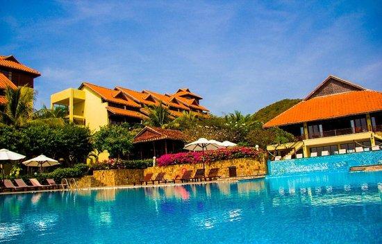 Romana Resort & Spa: территория
