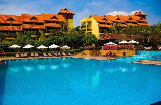 Romana Resort & Spa: вид на основные корпуса