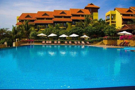 Romana Resort & Spa: вид на общий корпус