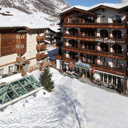 Hotel Eden Wellness: Ansicht Hotel Winter