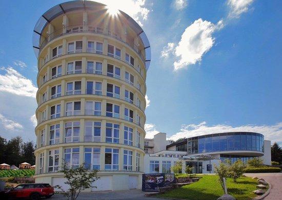 Raitelberg Resort: Hotel Außenansicht